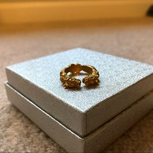 Jewelry - Chinese Dragon Gold Ring
